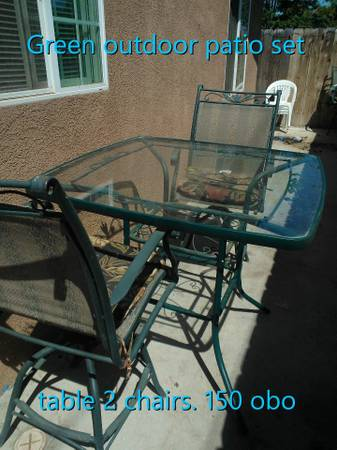 OUTDOOR PATIO FURNITURE - $100 (OILDALE)