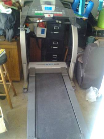 PROFORM XP 590s TREADMILL - $250 (EAST BAKERSFIELD)