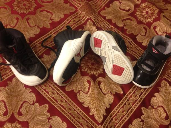 ONLY 2 LEFT Jordans For Sale Size 7c in Toddlers  - $22 (Bakersfield)