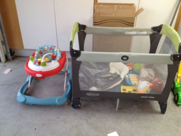 great items for your baby must see  - $1 (sw panama lane  akers)