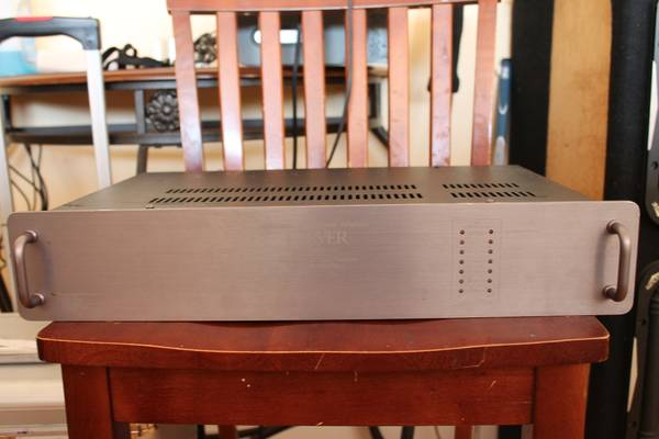 CARVER M-1.5T Amplifier - $500 (2305 Chester Ave. Bakersfield Ca 93301)