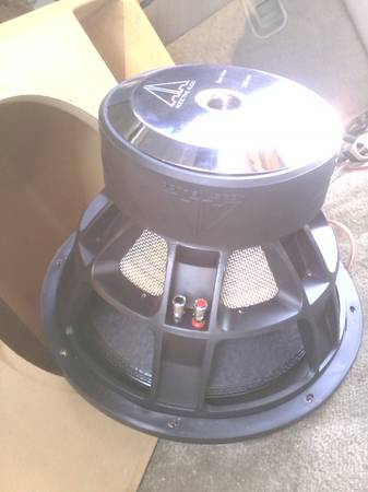 2 15 inch addictive audios level 4 POUND ................ - $800 (Bakersfield)