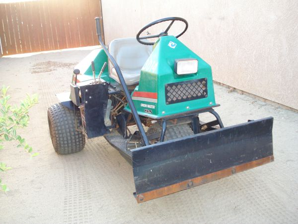2001 CUSHMAN GROOM MASTER SAND TRAP INFIELD RAKE - $2600 (PALM SPRINGS AREA)