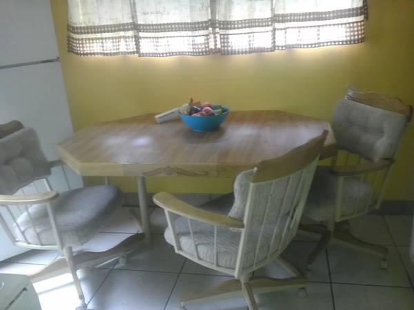 caster chairs dinette for sale