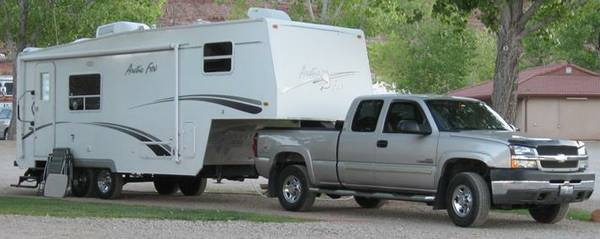 ARCTIC  FOX  5TH  WHEEL,  2006  - $18000 (Reno, NV)