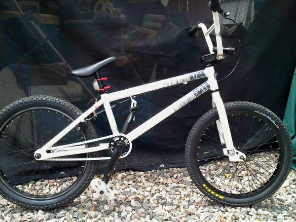 Kink Curb bmx - $185 (Cottonwood)