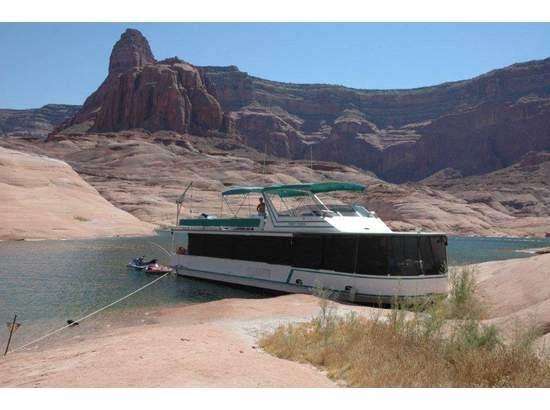 HOUSEBOAT ON LAKE POWELL - TIMESHARE FOR SALE - $7000 (LAKE POWELL)