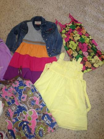 Girls 4t clothes and shoe lot ( size 10) (Littleton)