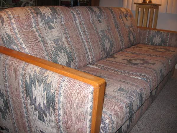 77 Sofa - southwest design - $100 (Cottonwood)
