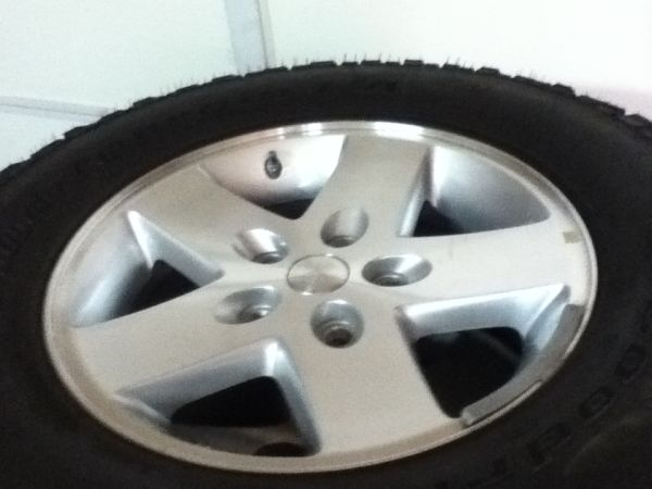 2012 Jeep Rubicon Chevy aluminum wheels rims 17 New... 5 of them. - $250 (Sedona  VOC)