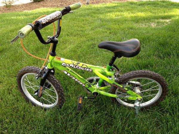 Avigo 16 inch Rattle Snake BMX Bike - Boys - $30 (West Flagstaff)