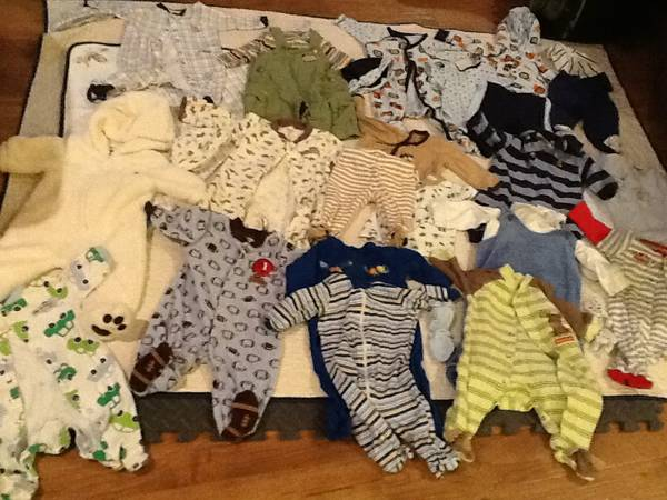 53 pieces of 0-3 month baby boy clothes - $20 (clarkdale)
