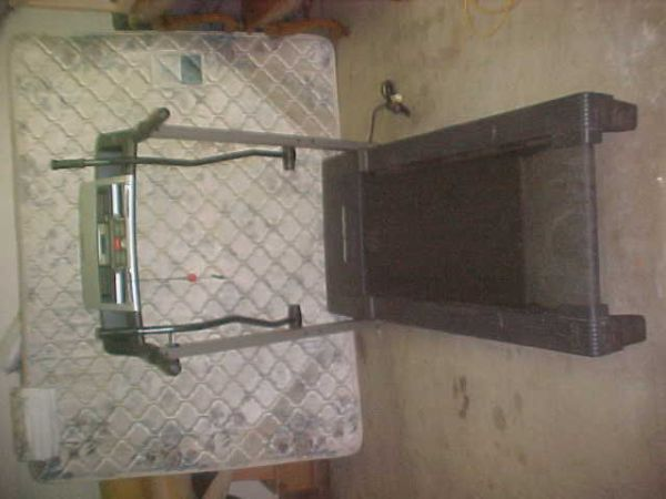 ProForm Treadmill Crosswalk 415 Low Mileage - $200 (Lemoore)