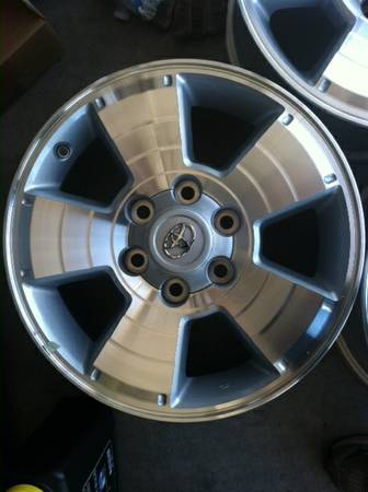 17 Toyota Wheels - $400 (Imperial Valley)