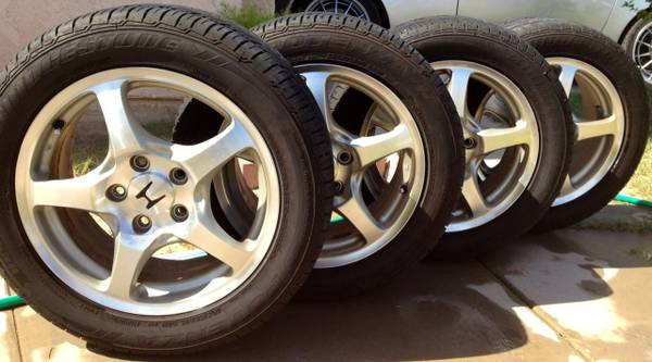 Honda S2000 AP1 OEM Wheels and Tires - $700 (Imperial Valley)
