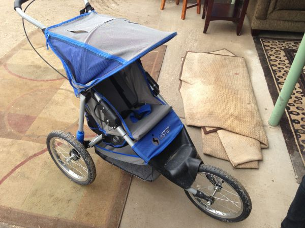 InStep 5k Single Jogging Stroller - $40 (Brawley, Ca)