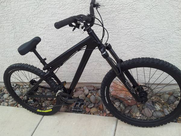 GT Chucker 1.0 freeride Mountainbike medium hydro disc 100mm fork  - $300 (Green Valley Ranch )