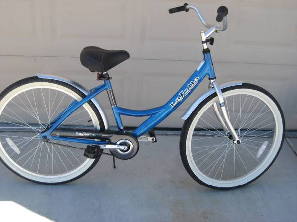 Womens Next La Jolla 26 inch bicycle - $75 (NW)