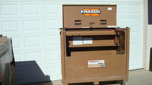 KNAACK GANG BOXES  STORAGE CABINETS (NW)