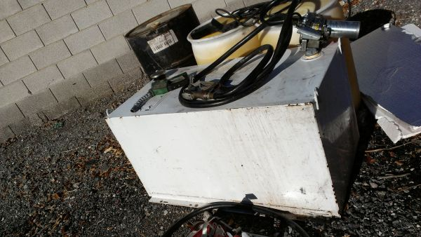 100 gallon diesel fuel tank and pump nice