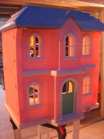 LITTLE TIKES DOLL HOUSE - LARGE - PINK - $75 (NLV - COMMERCECENTENNIAL PKWY)