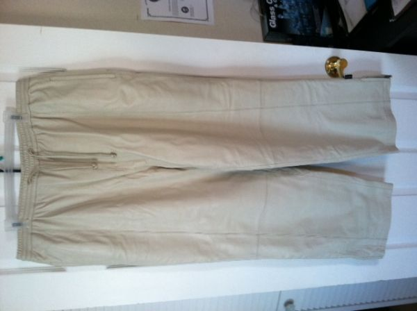 MENS SEAN JOHN BEIGE LEATHER PANTS - $15 (Cheyenne  95)