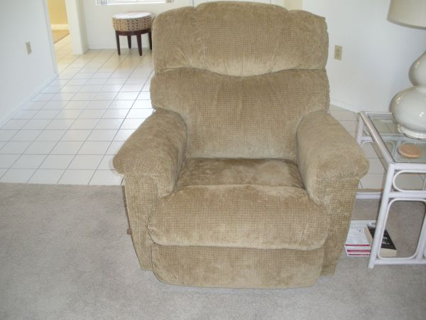 Lazy Boy Loveseat Recliners Sale For Sale