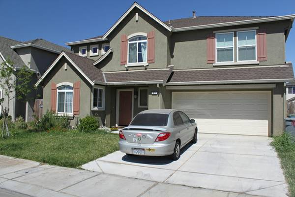 - $375 Furnished Room for Rent - 2 available (Merced, CA)