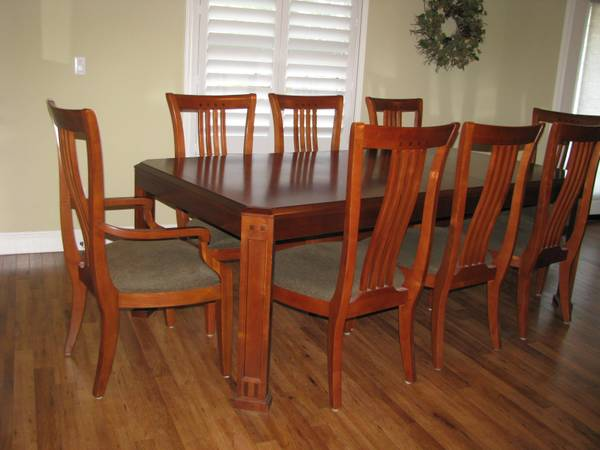 Thomasville Dinning Set 1999 Merced Furniture In Merced Classifieds
