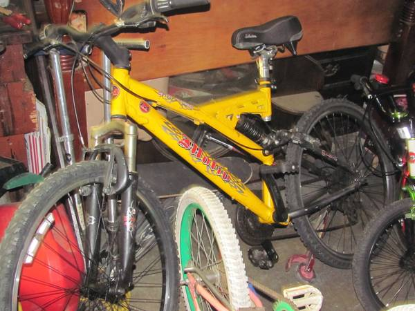 motiv mountain bike - $75 (modesto)