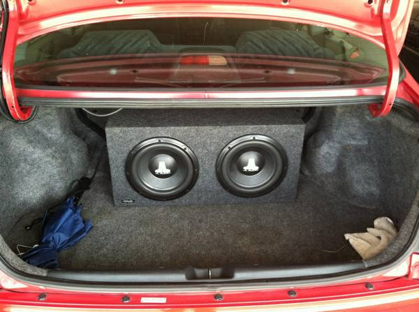 JL AUDIO SUBS  AMP PRICE LOWERED - $250 (CERES)