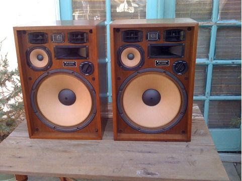 Vintage Kenwood KL-7090 speakers - $325 (Turlock)