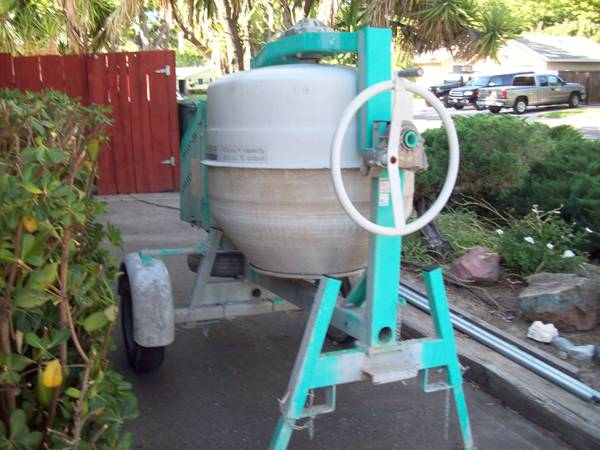 Tow behind cement mixer | eSpotted