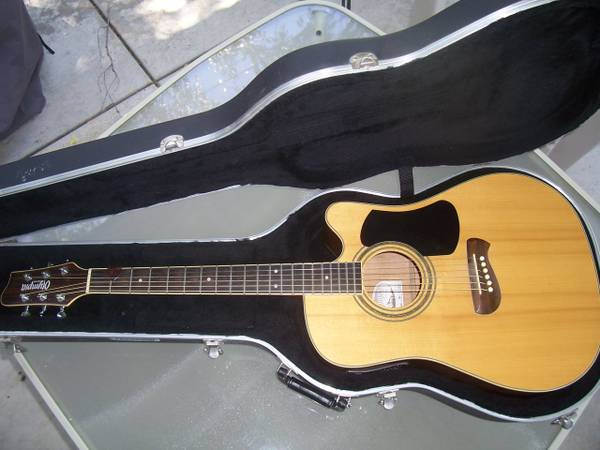 tacoma guitar case for sale. Black Bedroom Furniture Sets. Home Design Ideas