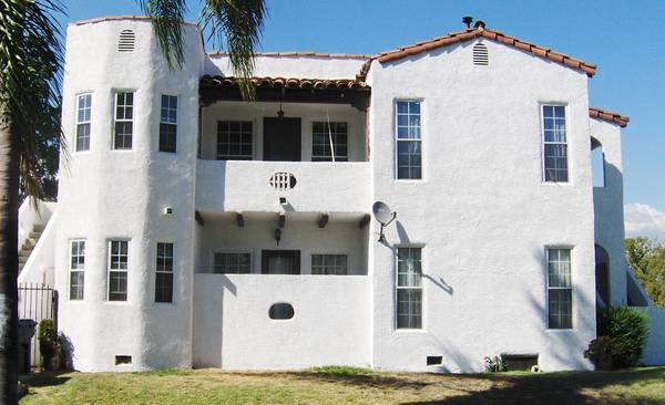 New STUCCO Sand Blasting, Wire  Cement, Paint Wood Trim (Orange County...562 607-6107)