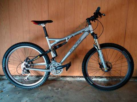 $2000 Gary Fisher Hi Fi Plus Full Suspension Mountain Bike EX Shape - $849 (Torrance)