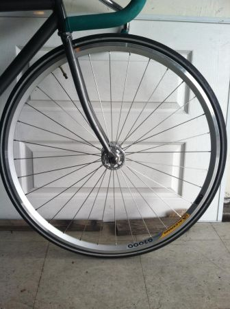 Fixed Gear  Road front wheel. Radial laced and SEALED HUBS - $50 (Santa Ana)