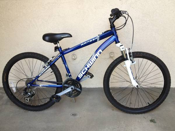 SCHWINN RANGER 24 BOYS MOUNTAIN BIKE - $120 (Fullerton, CA)