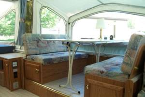 Starcraft Spacemaster pop up cing trailer - $4950 (Fullerton, CA)