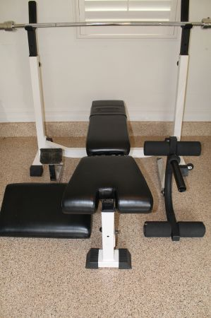 Nautilus Olympic Weight Bench with Weight - $600 (San Clemente)