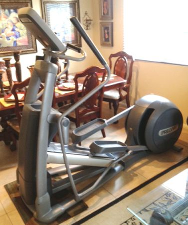 Top of the line Precor 576i Experience Commercial Quality (Riverside county)
