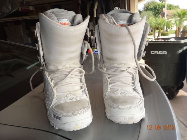 Thirty Two Snowboard Boot - $20 (Orange )