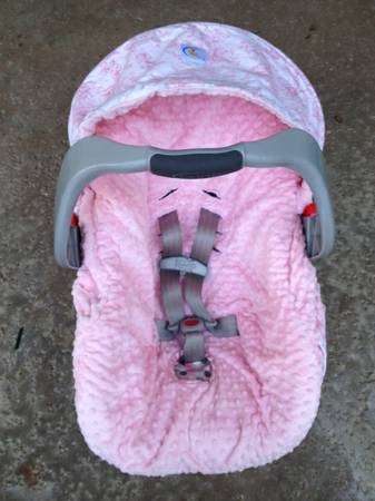 Reversible Pink Minky Carseat Cover - $25 (Laguna Niguel, CA)