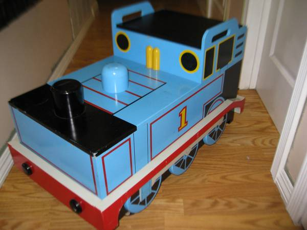 thomas the tank engine train toy box on wheels, kids storage toy chest - $75 (city of orange)