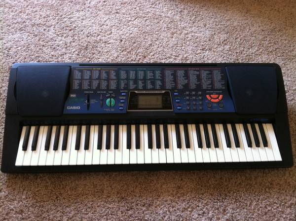 Casio Keyboard CTK-519 61 Key MIDI Portable Electronic - $45 (Huntington Beach HB)