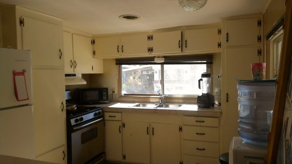 $10000  3br - Mobile Home in Horizon Mobile village (Palm Springs on 111)