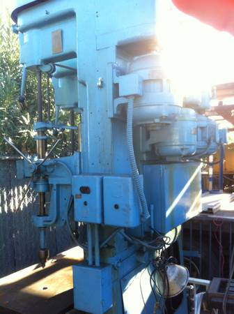 DRILL PRESS COMMERCIAL - $1200 (INDIO)