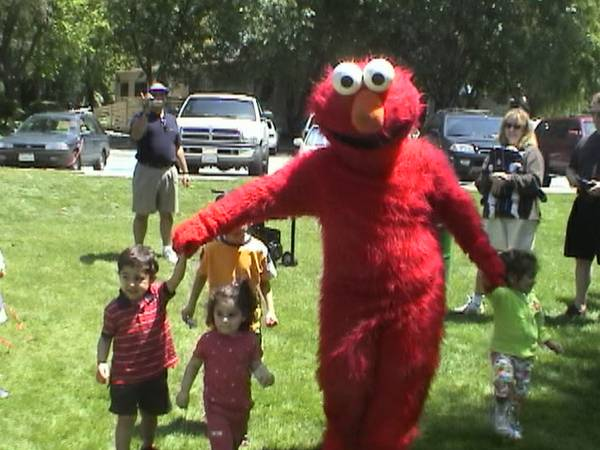 Palms Springs Kids Party Rentals Clowns Elmo Dora Explorer Characters (BEST in PS 888-501-4FUN (4386))
