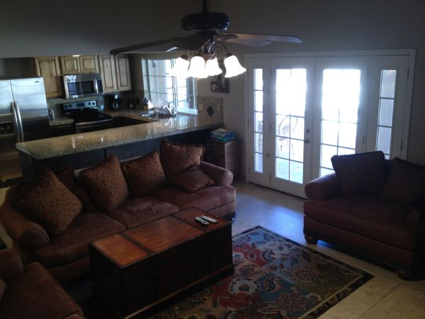 $2050  3br - 2052ftsup2 - Beautifully FurnishedUpgraded Ammenities-PoolSpaCourtyard (Scottsdale)