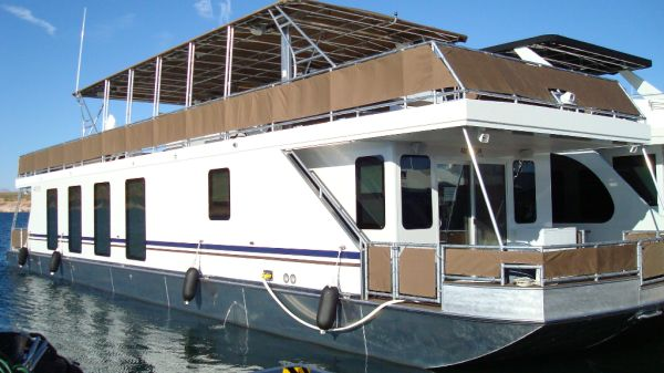 2011 75 Lake Powell houseboat share for sale (JUNE week) - $17500 (Antelope Point Marina)